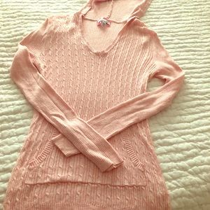 Pink Aeropostale sweater with hood